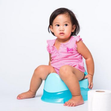 A Guide to Potty Train Your Girl Happily!