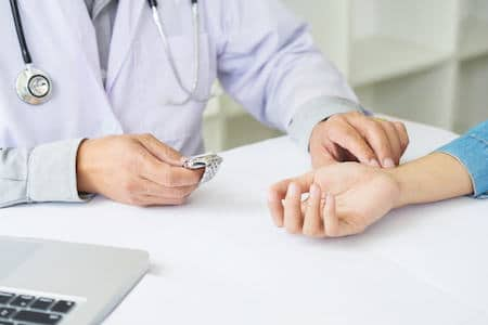 doc checking patients