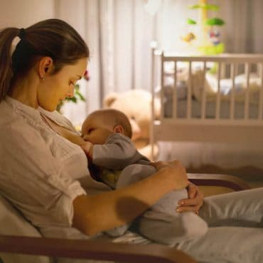 To Sleep Perchance to Dream: Here's What You Need to Know About Waking Baby to Feed!