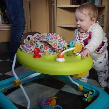 Avoid Injury to Your Child and Learn The Safe Way to Use a Baby Walker
