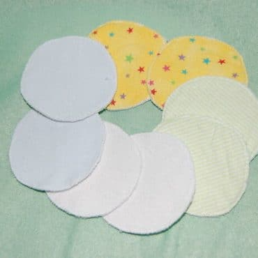 Nursing Pads Are So Easy! Here's How to Use Them