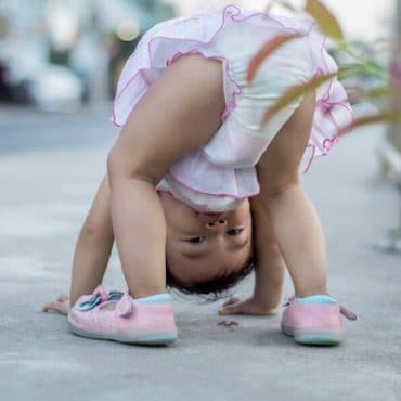 Bend Over Baby: What It Means When Your Baby Looks Between Their Legs?