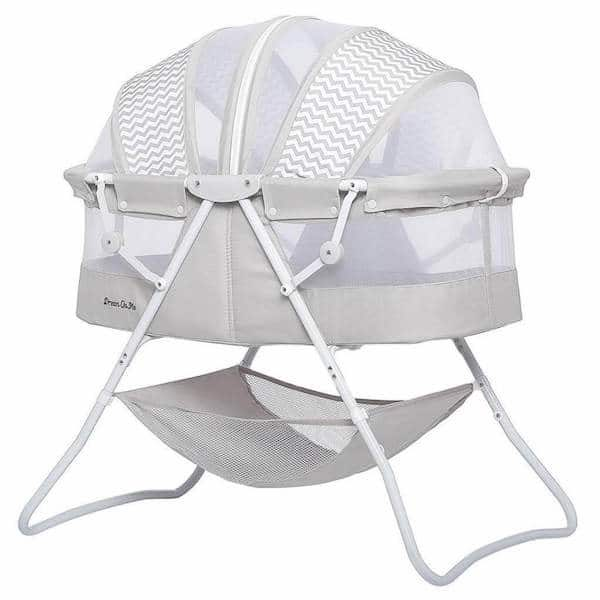 Double canopy, lightweight and folding bassinet